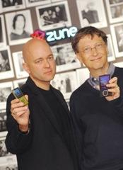 Bill Gates et Kojak avec une Zune 2! :p