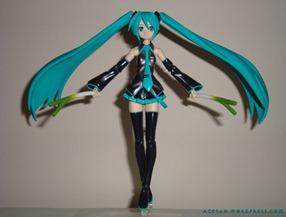 Miku_Hatsune_figurine