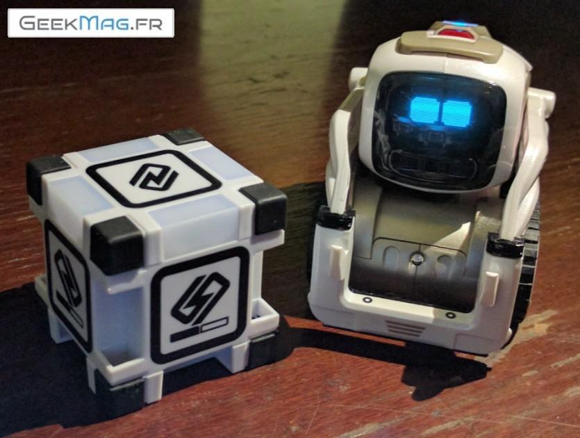 Cozmo Anki: un robot mimi avec son cube