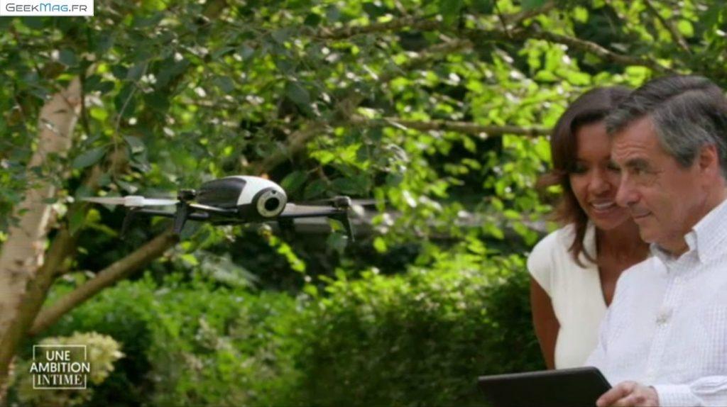 François Fillon fait voler un drone Parrot Bebop 2